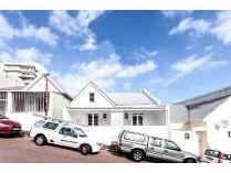 House in to rent in Sea Point, Cape Town