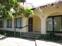 2-bed Property For Sale In Uvongo Houses & Flats