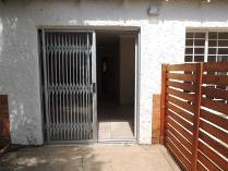 Contryhouse in to rent in Johannesburg, Johannesburg