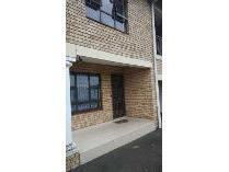 Flat-Apartment in to rent in Asherville, Graaff Reinet