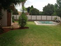 Flat-Apartment in to rent in Mooinooi, Madibeng