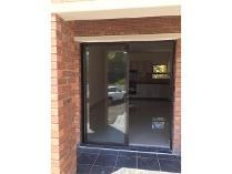 Flat-Apartment in to rent in Illiondale, Edenvale