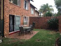 Duplex in to rent in Monument Park, Pretoria