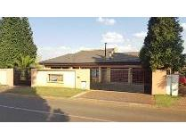 House in for sale in Lenasia Ext 5, Lenasia