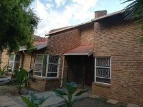 House in to rent in Glen Marais Ext, Kempton Park