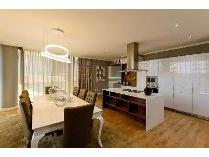 Flat-Apartment in for sale in Morningside, Sandton