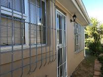 Flat-Apartment in to rent in Windsor Park, Kraaifontein