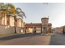 House in to rent in Ormonde, Johannesburg