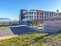Flat-Apartment in to rent in Parow, Parow