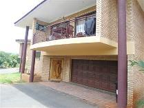 Townhouse in for sale in Amanzimtoti, Amanzimtoti