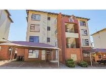 Townhouse in for sale in Oakdene, Johannesburg
