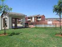 Townhouse in to rent in Montana, Pretoria