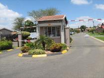 Townhouse in for sale in Eden Glen, Edenvale