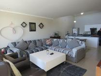 Flat-Apartment in for sale in Craighall, Randburg