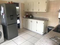 House in to rent in Umhlanga Rocks, Umhlanga