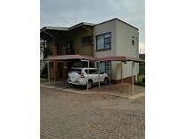 Townhouse in for sale in Glenvista, Johannesburg