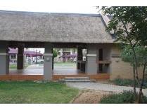 Flat-Apartment in for sale in Sundowner, Randburg