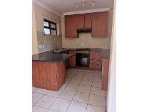 Flat-Apartment in to rent in Montana, Pretoria