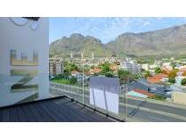 Townhouse in for sale in Gardens, Cape Town