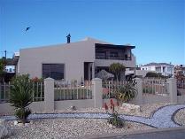 House in for sale in Yzerfontein, Yzerfontein