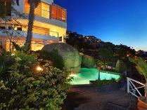 House in to rent in Fresnaye, Cape Town