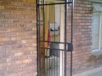 Flat-Apartment in to rent in Pretoria North, Pretoria