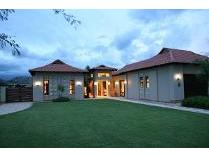 Cluster in for sale in The Island Estate, Hartebeespoort