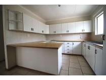 House in to rent in Vincent, East London