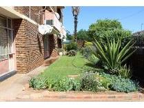 Duplex in to rent in Mayville, Pretoria