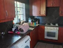 Flat-Apartment in to rent in Eden Glen, Edenvale