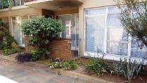 Flat-Apartment in for sale in Vanderbijlpark Cw 2, Vanderbijlpark