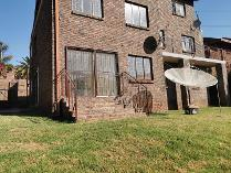Flat-Apartment in to rent in Laudium, Laudium