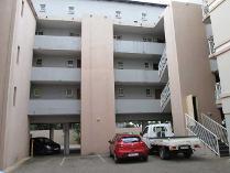 Flat-Apartment in to rent in Sunnyside, Pretoria