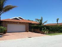 3-bed Property For Sale In Summerstrand Houses & Flats