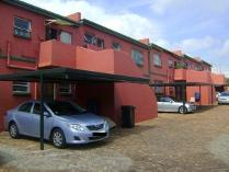 Flat-Apartment in for sale in Maraisburg, Randburg