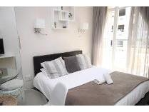 Flat-Apartment in to rent in Foreshore, Cape Town