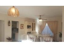 Townhouse in for sale in Parow, Parow