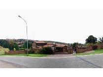 Townhouse in for sale in Ridgeway, Johannesburg