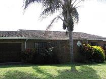 3-bed Property For Sale In Uvongo Houses & Flats