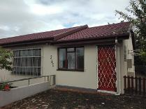 House in to rent in Hibberdene, Hibberdene