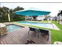 Flat-Apartment in to rent in Kyalami Ah, Midrand