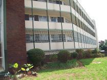 Flat-Apartment in to rent in Birdhaven, Johannesburg