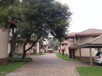 Flat-Apartment in to rent in Benoni North Ah, Benoni