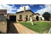 House in for sale in Kuils River, Kuils River
