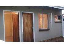 Flat-Apartment in to rent in Lenasia South, Lenasia South