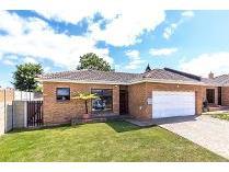 House in for sale in Brackenfell South 1, Brackenfell
