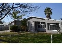 House in to rent in Ceres, Ceres