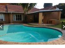 House in to rent in Bromhof, Randburg