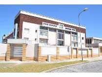 Flat-Apartment in to rent in Glendinningvale, Port Elizaberth
