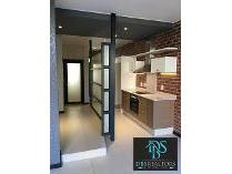Flat-Apartment in to rent in Rosebank, Randburg